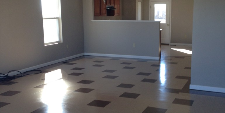 200 Millstone living room