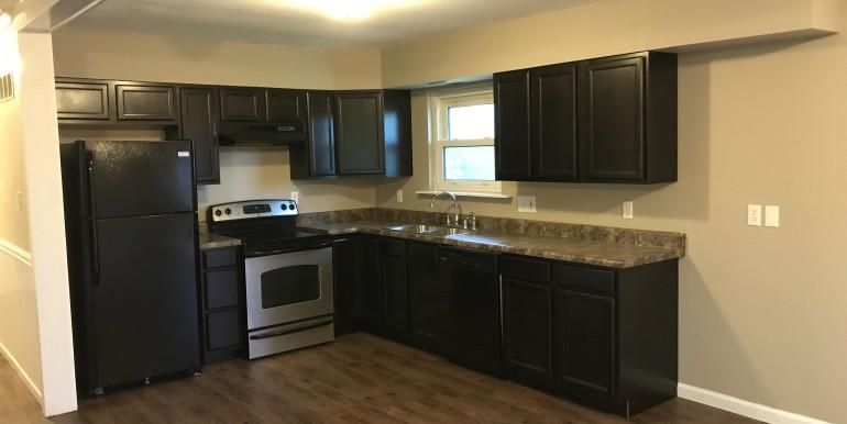 856 E Hwy 47 Kitchen