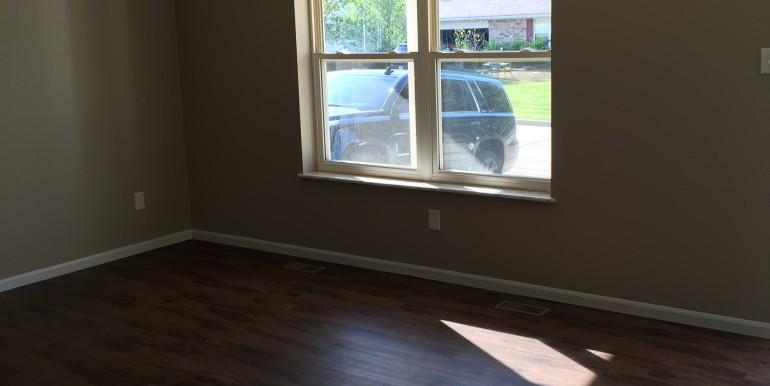 106 Hickory Living Room