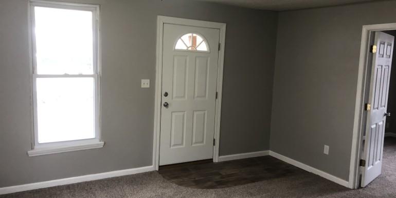 150 5th St Living Room