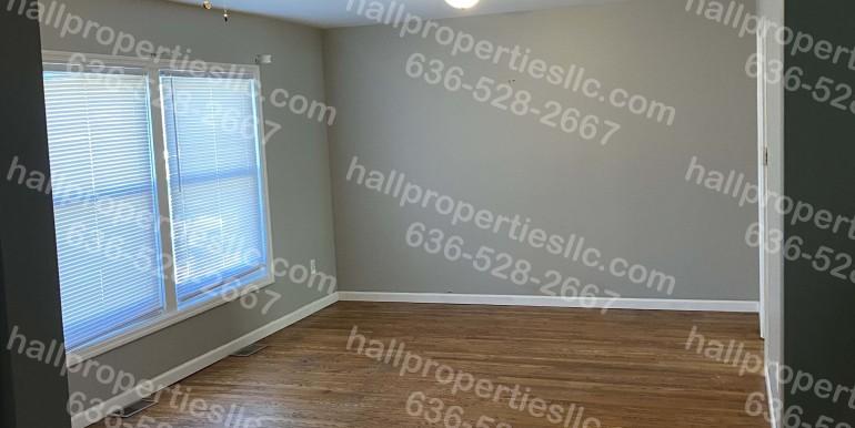 450 Harris Living Room WM